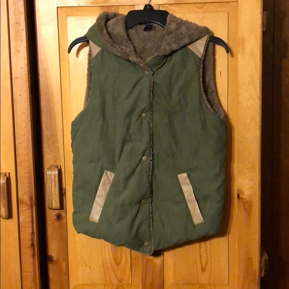 jieliang Jackets & Blazers - Olive Green Vest